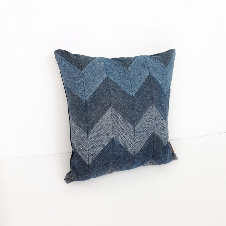 Kissen Denim Jeans zickzack Interior Design Sofa blau