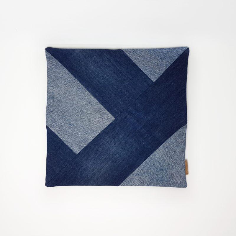 Kissen Denim Jeans Upcycling blau geometrisch minimal