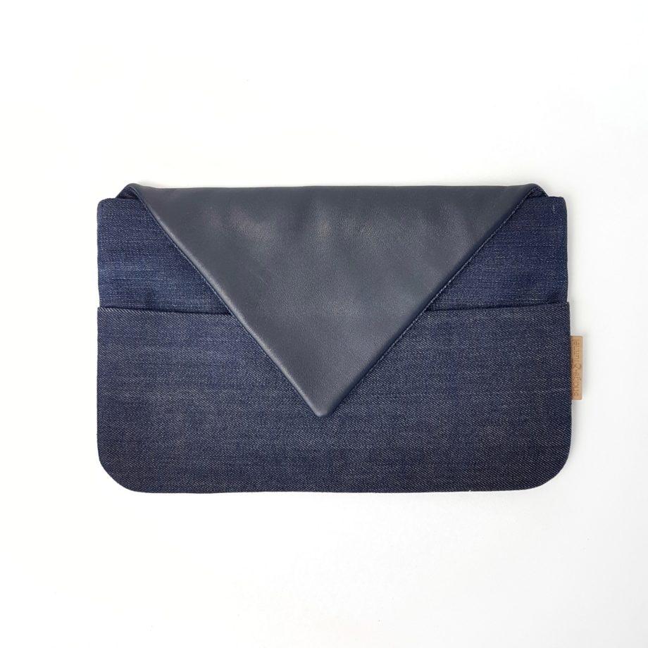 Clutch Upcycling blau dunkelblau Sommer Minimalismus Fair Fashion Handtasche Bridge&Tunnel